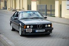 在街道上的BMW 635 CSi E24汽车 库存照片