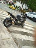 在街道上的BMW S1000RR 库存图片