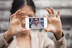 在街道上的Selfie 图库摄影