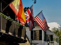 在街道圣奥斯丁上的旗子 库存图片
