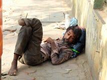 在街道孟买, Bandra上的被截肢者? 库存照片
