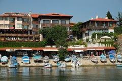 在街道安吉洛Roncalli上的看法在Nessebar,保加利亚老镇  库存照片