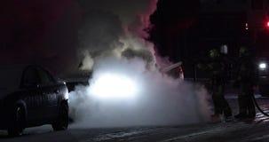 在街道的卡车火 影视素材