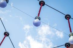 在街道的巨大的色的电灯泡 库存照片