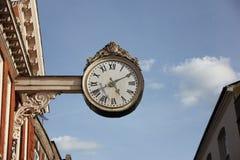 在街道的时钟 免版税库存照片