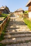 在街道的石台阶在Drvengrad塞尔维亚 库存图片