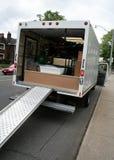 在街道的移动卡车 免版税图库摄影
