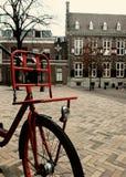在街道的自行车 免版税库存图片