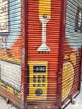 在街道的街道画 免版税库存照片