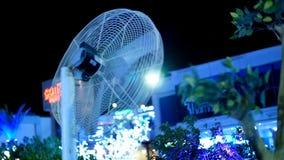 在街道的通风设备在热天气的晚上 影视素材