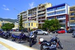 在街道,卡瓦拉希腊上的摩托车 图库摄影