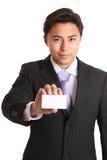 在衣服和领带的年轻商人 免版税库存图片