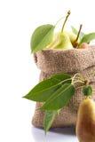 在袋子的成熟梨 免版税库存图片