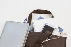 在袋子的教育书准备去学习 免版税库存图片