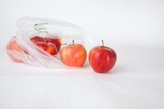在袋子的苹果 库存照片