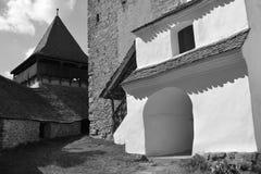 在被加强的撒克逊人的中世纪教会里面在村庄Crit -克洛伊茨,特兰西瓦尼亚 库存图片