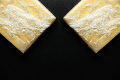 在被密封的塑料的乳酪 免版税库存图片