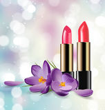 在被弄脏的背景的红色和桃红色唇膏与闪闪发光 秀丽和化妆用品背景 向量 库存照片