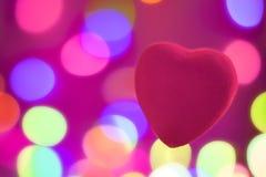 在被弄脏的背景,欢乐背景的红心为情人节 库存照片
