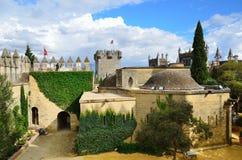 在被恢复的Almodovar城堡里面 免版税库存图片