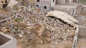 在被抛弃的村庄,克利特,希腊完全毁坏了房子 股票视频