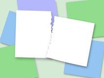 在被撕毁的纸的stickerss背景的两pieceTorn纸  免版税图库摄影