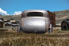 在被放弃的矿市的老1937年薛佛列Bodie,加利福尼亚 库存图片