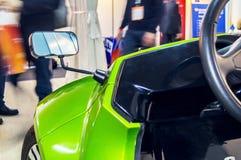 在被连接的汽车的电动车2016年 免版税库存照片