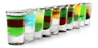 在被隔绝的小玻璃的酒精 免版税库存图片