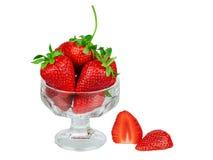 在被隔绝的一个玻璃花瓶的草莓 免版税库存图片
