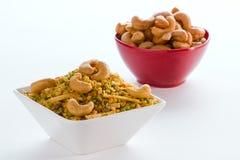 在被隔绝的白色碗的印地安快餐。 免版税库存照片