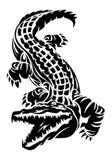 在被隔绝的白色背景的鳄鱼纹身花刺 库存照片