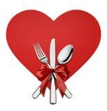 在被隔绝的红色心脏形状设计元素的华伦泰银器 免版税库存图片