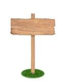 在被隔绝的草的老木标志 免版税库存图片