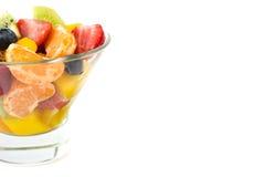 在被隔绝的水晶碗的水果沙拉 库存图片