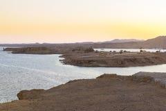 在西奈山的日落,海湾和海岛的看法从高度 免版税库存图片