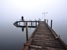 在西海岸NZ附近的独奏循环的行程 库存照片
