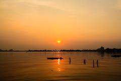 在西湖Ha Noi的日落 免版税库存照片