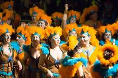 在西班牙的狂欢节在晚上 锡切斯, 库存照片