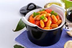 在西红柿酱的白豆 免版税库存图片