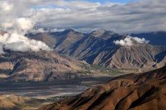 在西藏的山 免版税库存图片