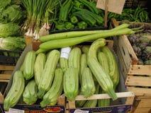 在西西里人的市场上的新鲜蔬菜 库存照片