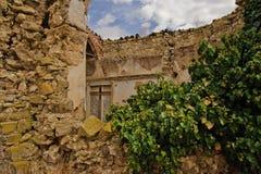 在西西里岛的老基督教会废墟 免版税图库摄影