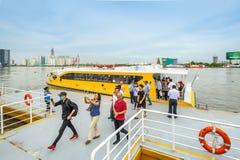 在西贡河的小船 免版税库存图片