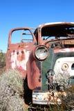 在西部在内地澳大利亚人的失败的卡车 免版税图库摄影