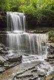 在西部米尔顿的小瀑布 免版税图库摄影