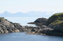 在视图的挪威海洋 免版税库存图片