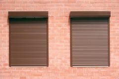 在视窗之下的百叶窗 库存图片
