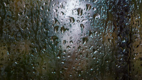 在视窗的雨 库存照片