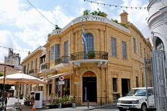 在角落的老大厦在尼科西亚,塞浦路斯 库存照片